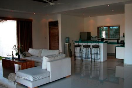4 bedroom villas and houses by the sea to rent in Bali. Villa – North Kuta, Bali, Indonesia