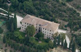 Property for sale in Corciano. Ancient Estate for sale in Umbria
