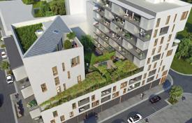 Luxury new homes for sale in France. 3-roomed flat in a block under construction in Alfortville, near Paris