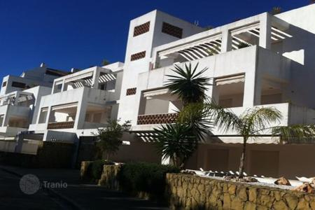 Foreclosed 2 bedroom apartments for sale in Costa del Sol. Apartment – Mijas, Andalusia, Spain