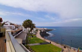 Apartments for sale in Canary Islands. Amazing penthouse in La Caleta in Tenerife