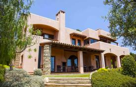 4 bedroom houses by the sea for sale in Catalonia. Villa – Sant Pol de Mar, Catalonia, Spain