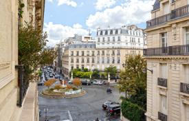 Luxury 3 bedroom apartments for sale in Paris. Paris 8th District – In the heart of the prestigious Golden Triangle