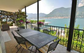 Luxury property for sale in Lake Garda. Villa – San Felice del Benaco, Lombardy, Italy