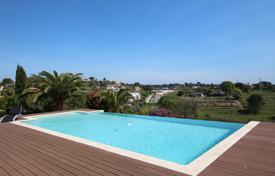 Luxury property for sale in Antibes. ANTIBES BRUSQUET — MODERN VILLA WITH BEAUTIFUL SEAVIEW