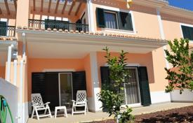 3 bedroom houses for sale in Algoz. New townhouse in a closed condominium, Algos, Portugal