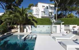 Luxury houses for sale in Kalonji. Modern house with a swimming pool, a guest house and a panoramic sea view, Calonge, Spain