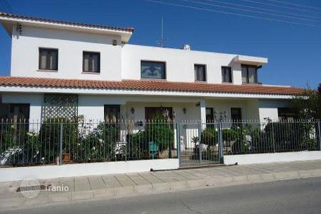 4 bedroom houses for sale in Livadia. Four Bedroom Luxury House