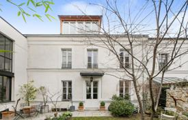 Luxury 4 bedroom houses for sale in Boulogne-Billancourt. Boulogne North — Marché Escudier neighbourhood