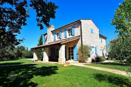 4 bedroom houses for sale in Croatia. Stone villa with private pool, big garden and parking, in Umag, Buje, Croatia