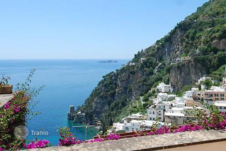 Coastal residential for rent in Positano. Villa la Pistrice
