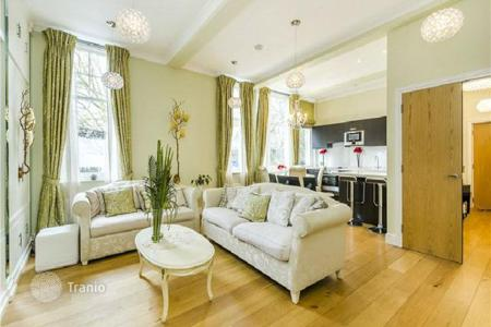 Luxury 2 bedroom apartments for sale in Europe. Furnished two bedroom apartment in the most green and rapidly developing area of London — Fulham