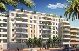 Apartments with balconies and terraces in a new residential complex near the beaches and the center of Juan-les-Pins, France for 440,000 €