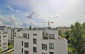 3 bedroom apartments for sale in Germany. Wonderful penthouse in Berlin