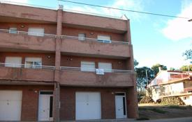 Foreclosed 4 bedroom houses for sale in Catalonia. Villa – El Segria, Catalonia, Spain