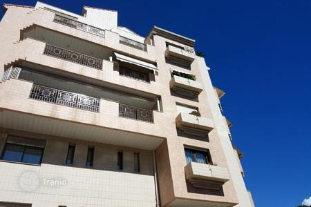 Cheap residential for sale in Monaco. Furnished studio
