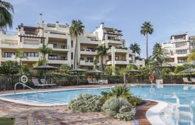 Penthouse with a parking, terrace and sea view in a residential complex with a garden and a swimming pool, Estepona, Spain for 790,000 €