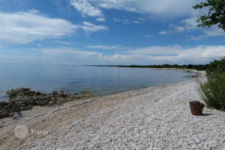 Development land for sale in Istria County. Fažana Peroj Building plot close to the sea, 746 m²