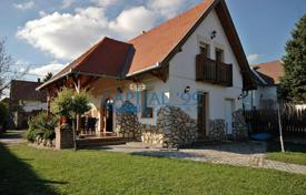 Residential for sale in Zala. Holiday home as new on the Northern coast of Lake Balaton near Hévíz and Keszthely
