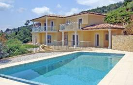 Houses for sale in Mandelieu-la-Napoule. Villa – Mandelieu-la-Napoule, Côte d'Azur (French Riviera), France