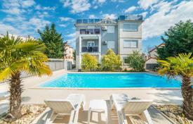 Houses with pools for sale in Pula. Townhome – Pula, Istria County, Croatia