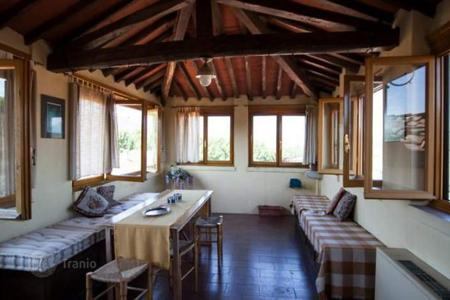 3 bedroom apartments for sale in Lucca. Apartment – Lucca, Tuscany, Italy