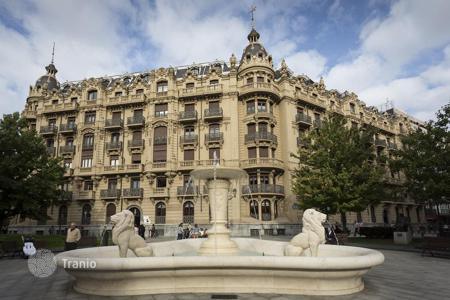 Luxury residential for sale in Bilbao. Exclusive apartment in an emblematic and prominent presence building in Bilbao, Spain