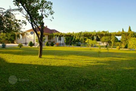 Coastal property for sale in Podgorica (city). Townhome – Podgorica (city), Podgorica, Montenegro