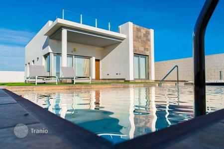 3 bedroom houses by the sea for sale in Spain. Superb development of high quality detached Villas