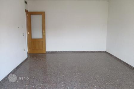 Foreclosed 3 bedroom apartments for sale in Valencia. Apartment – Carlet, Valencia, Spain