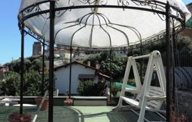 2 bedroom houses for sale in Liguria. Villa – Sanremo, Liguria, Italy