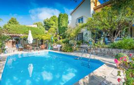 3 bedroom houses for sale in Côte d'Azur (French Riviera). Pessicart, delightful provencal of 198 m² niched in the greenery
