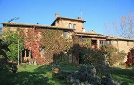 Property for sale in Umbria. Restored farmhouse for sale in umbria POGGIO DEL PAPA