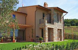 4 bedroom houses for sale in Tuscany. New built villa for sale in Tuscany