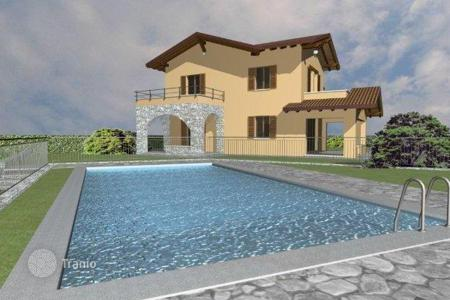 2 bedroom houses for sale in Lombardy. Villa – Lake Como, Lombardy, Italy