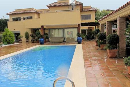 Houses for sale in Castille and Leon. Great family home in Sotogrande Alto