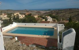 3 bedroom houses for sale in Cumbre. Villa of 3 bedrooms with BBQ area and large pool with views over the sea in Benitachell