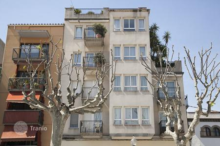 Coastal property for sale in Arenys de Mar. Apartment – Arenys de Mar, Catalonia, Spain