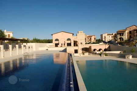 Luxury property for sale in Paphos. Townhouse with pool and garden in Kouklia, near Paphos