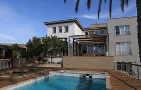 Luxury 4 bedroom houses for sale in Cyprus. This exceptional property is located just outside Paphos in Konia village, with spectacula