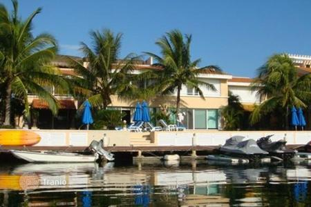 Property for sale in Puerto Aventuras. Detached house – Puerto Aventuras, Quintana Roo, Mexico
