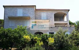 5 bedroom houses for sale in Croatia. Villa – Brač, Split-Dalmatia County, Croatia