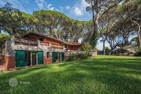 Property to rent in Tuscany. Villa – Roccamare, Tuscany, Italy