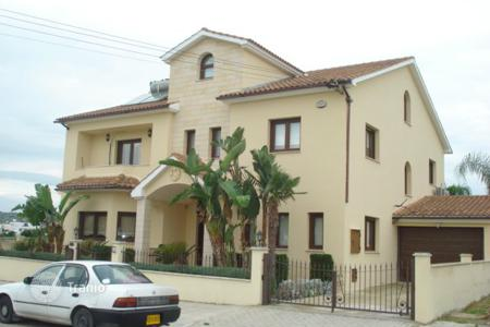 Residential for sale in Alethriko. Five Bedroom Detached House