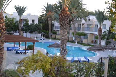 Coastal apartments for sale in Paphos. 2-b/r. Apartment in Prestigious Complex Paphos Gardens — Kato Paphos