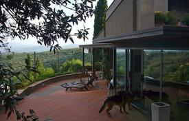 Two-storey villa with panoramic views in Bagno a Ripoli, Tuscany, Italy for 2,400,000 €