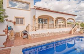 Houses with pools for sale in Benissa. Spanish-style villa with a garden, a pool and a terrace close to the sea, Benissa, Spain