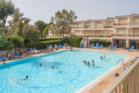 Property to rent in Saint-Raphaël. Apartment – Saint-Raphaël, Côte d'Azur (French Riviera), France