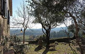 Residential for sale in Cetona. Residence for sale in the heart of the old town of Cetona