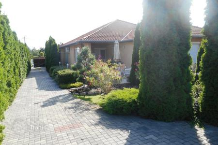 Houses for sale in Abda. Detached house – Abda, Gyor-Moson-Sopron, Hungary